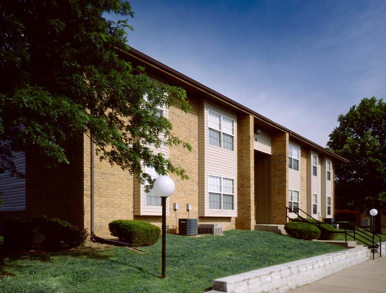 Willard Estates Apartments